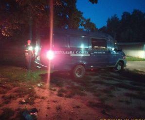 Труп прикарпатця, якого вбило відірване від фури колесо пролежало у чагарнику близько 10 годин, поки його не витягнули рятувальники