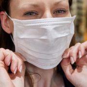 У МОЗ розповіли про наслідки тривалого носіння маски