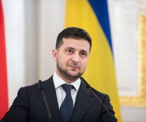 Зеленський заявив, що тримає на контролі ситуацію з негодою на Франківщині
