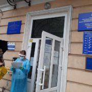 Івано-Франківщина: Заклади першої лінії для лікування коронавірусної хвороби переповнені (