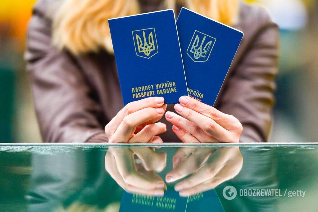 З паспортами видаватимуть пошту